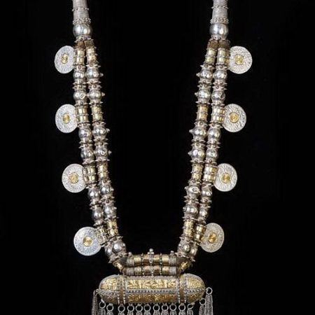 Necklace – Oman