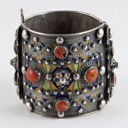 Cuffs – Algeria