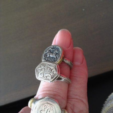 Rings – Iran