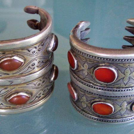 Cuffs – Turkmenistan