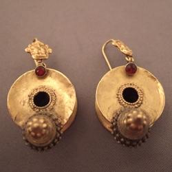 Ear rings – India