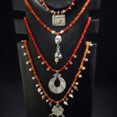 Necklaces – Afghanistan/Thailand