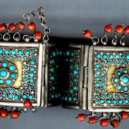 Cuffs – Uzbekistan