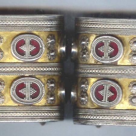 Cuffs – Kazakhstan