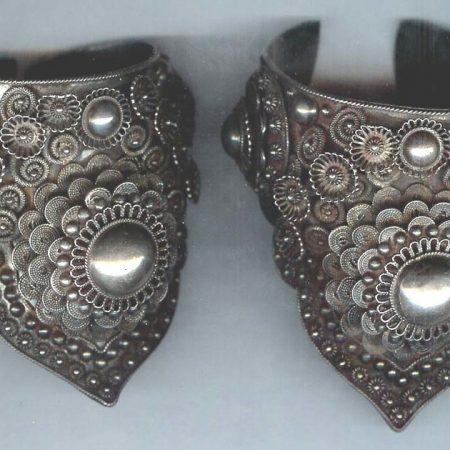 Cuffs – Thailand