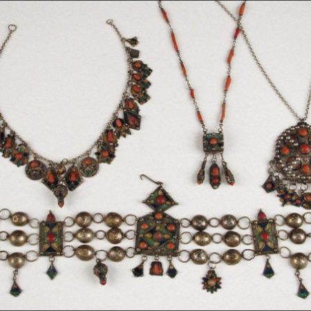 Necklaces – Algeria