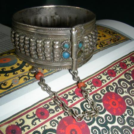 Bracelet – Uzbekistan